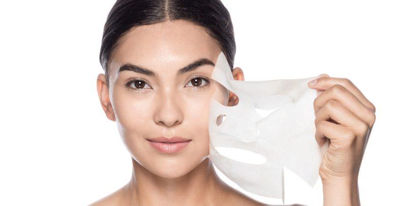 Sử dụng mặt nạ chăm sóc da dầu mụn